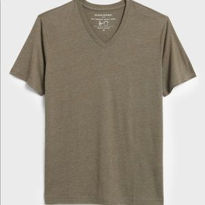 "Banana Republic ""The Vintage T"" V Neck"